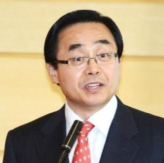 Dr. Yong Cheon Song